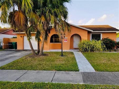 Photo of 15101 SW 69th St, Miami, FL 33193 (MLS # A11041479)
