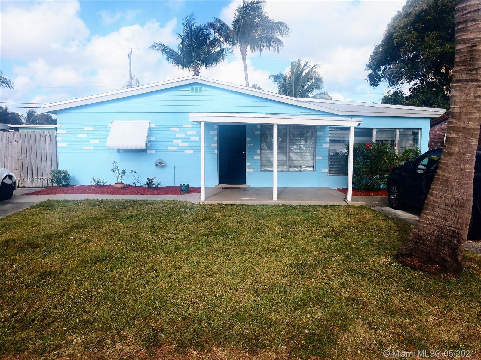 Photo of 4925 SW 44th Ave, Dania Beach, FL 33314 (MLS # A11019479)