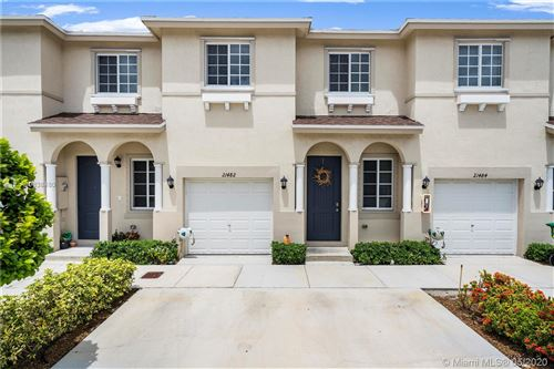 Photo of Listing MLS a10838480 in 21482 NW 14th Ct #21482 Miami Gardens FL 33169