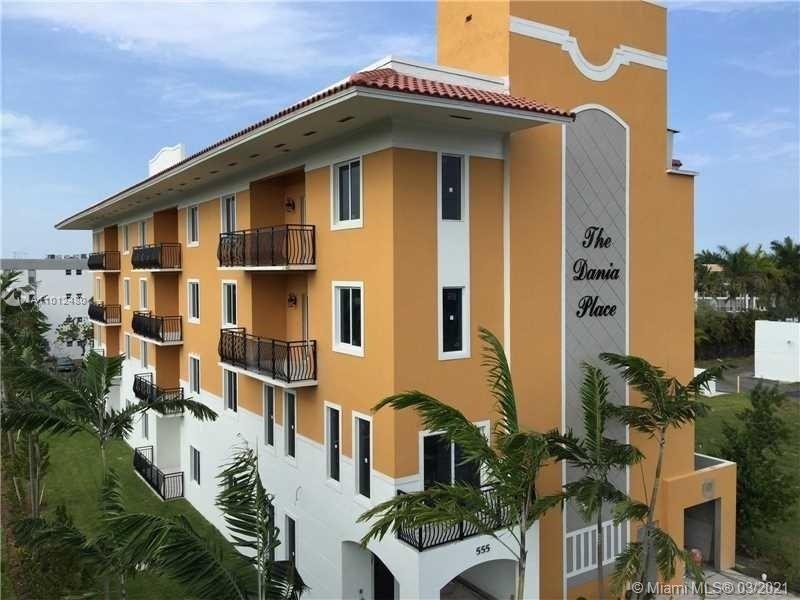 Photo of 555 E Dania Beach #5, Dania Beach, FL 33009 (MLS # A11012480)