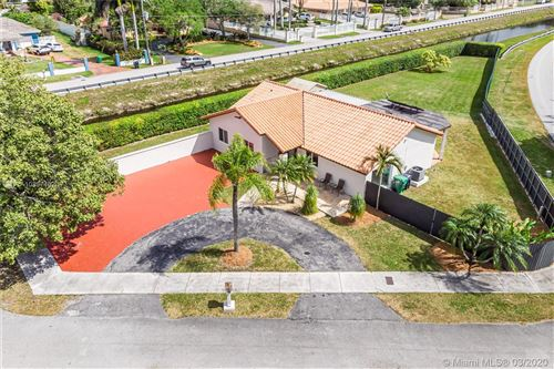Photo of Listing MLS a10837482 in 2843 SW 131st Pl Miami FL 33175
