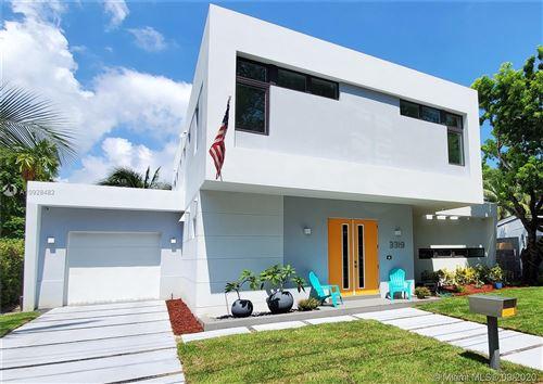 Photo of 3319 Oak Ave, Miami, FL 33133 (MLS # A10928482)