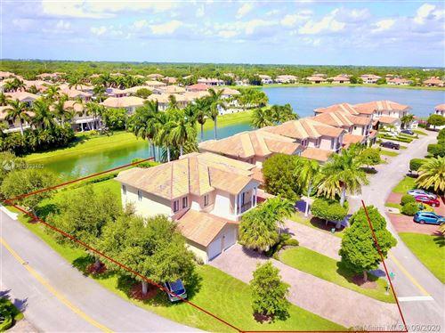 Photo of 19386 SW 78th Pl, Cutler Bay, FL 33157 (MLS # A10933482)
