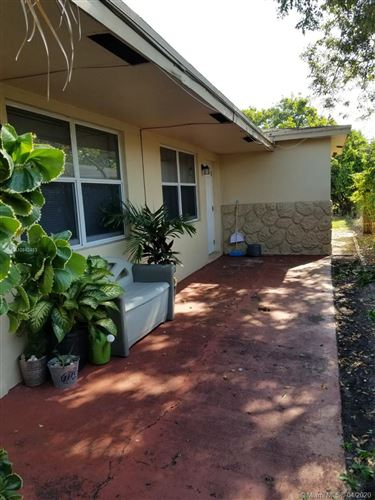 Photo of 1124 NW 5th Ave #E, Fort Lauderdale, FL 33311 (MLS # A10842483)