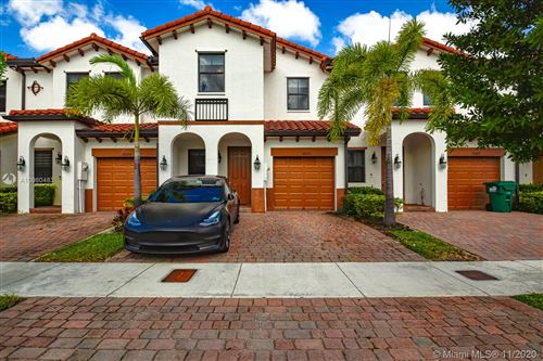 Photo of 10391 NW 89th Ter, Doral, FL 33178 (MLS # A10960483)