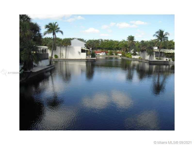 6427 Windmill Gate Rd, Miami Lakes, FL 33014 - #: A11098484