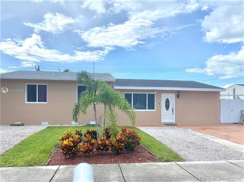 Photo of 1311 SW 46th Ave, Fort Lauderdale, FL 33317 (MLS # A10929485)