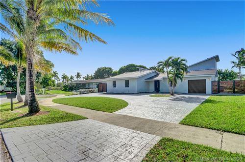 Photo of 12910 SW 83rd St, Miami, FL 33183 (MLS # A10961485)