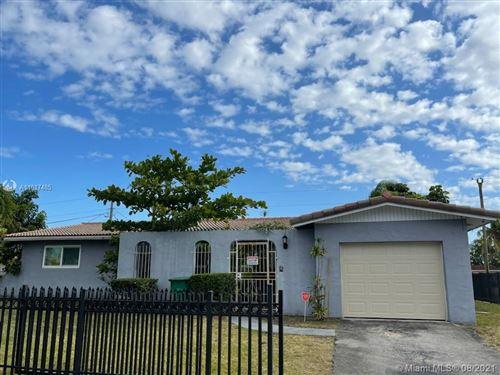 Photo of 11760 SW 196th St, Miami, FL 33177 (MLS # A11017485)