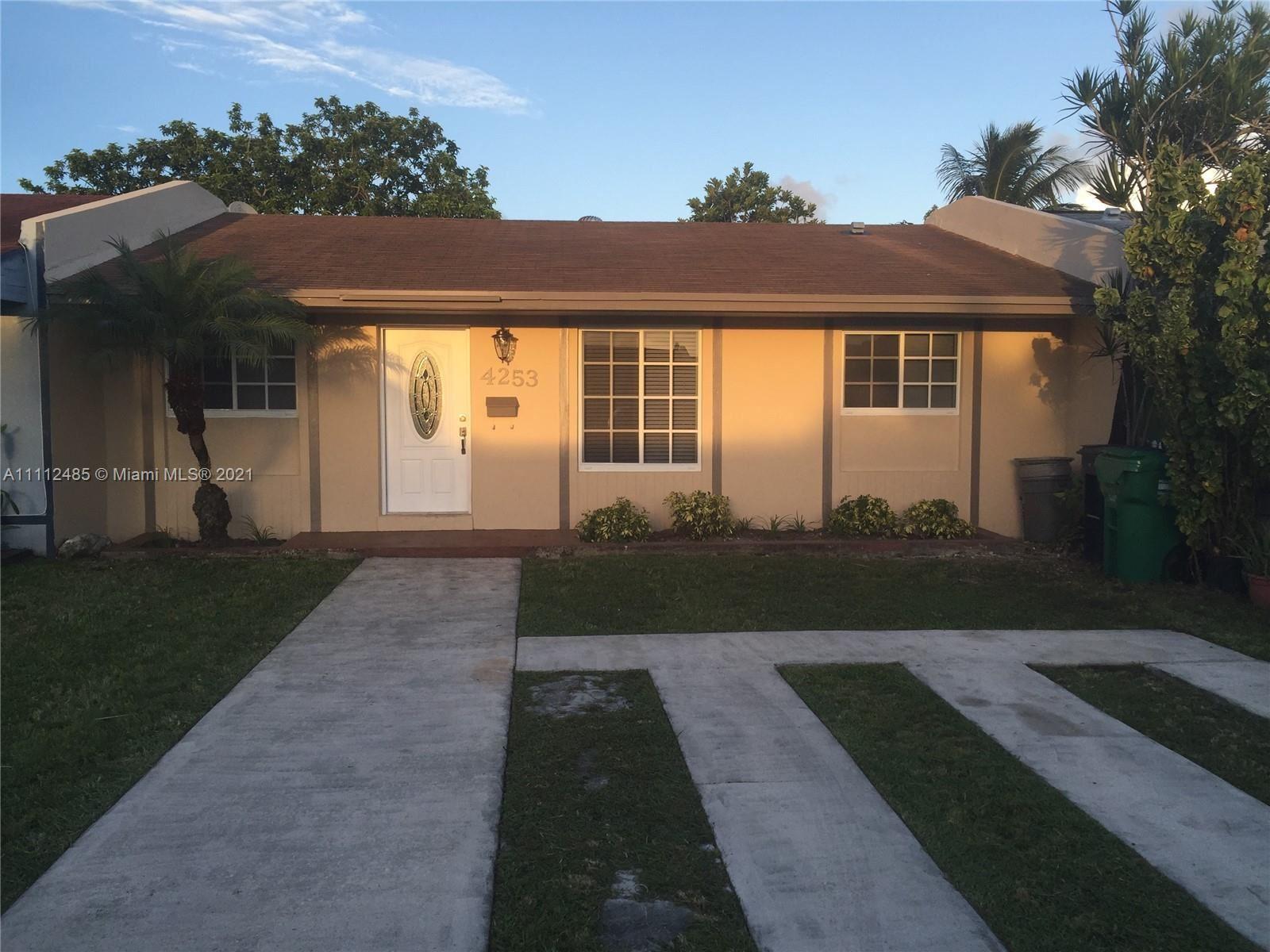 Photo of 4253 SW 130th Ct, Miami, FL 33175 (MLS # A11112485)