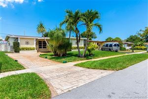 Photo of Hollywood, FL 33024 (MLS # A10656486)