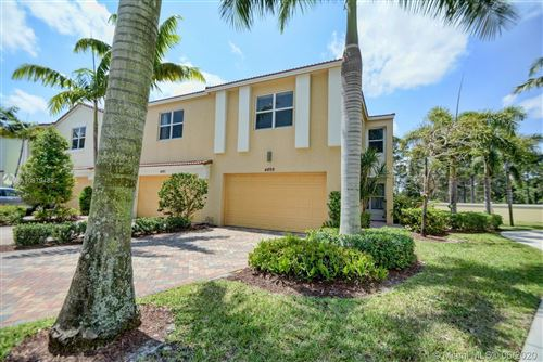 Photo of 4899 NW 16th Ter #4899, Boca Raton, FL 33431 (MLS # A10879488)