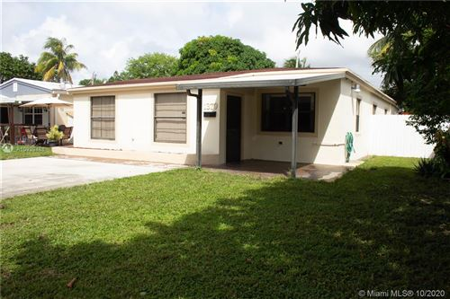 Foto de inmueble con direccion 1379 NE 177th St North Miami Beach FL 33162 con MLS A10939488
