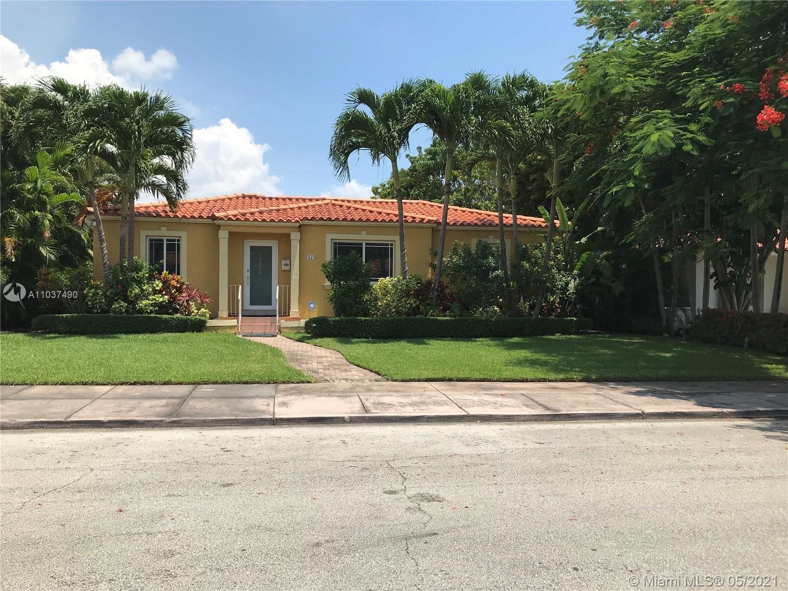 Photo of 17 Marabella Ave, Coral Gables, FL 33134 (MLS # A11037490)
