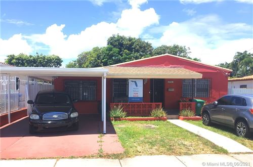 Photo of 4731 SW 2nd Ter, Miami, FL 33134 (MLS # A11050492)