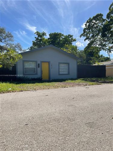 Photo of 1412 SW 33rd Ct, Fort Lauderdale, FL 33315 (MLS # A11114492)