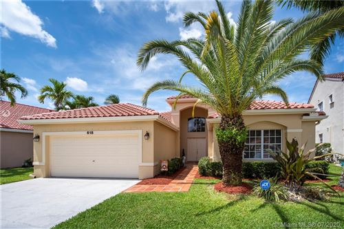 Photo of Listing MLS a10891493 in 618 Cambridge Ter Weston FL 33326