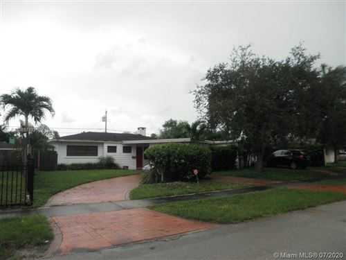 Foto de inmueble con direccion 30 NW 193rd St Miami Gardens FL 33169 con MLS A10897493