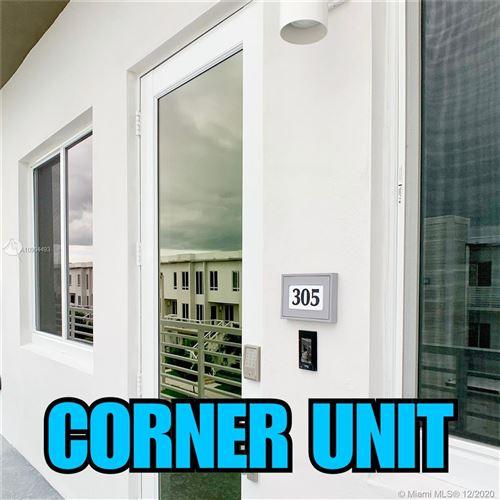 Photo of 6420 NW 102PATH #305, Doral, FL 33178 (MLS # A10964493)