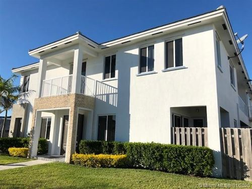 Photo of Listing MLS a10806495 in 17725 SW 150th Ct Miami FL 33187