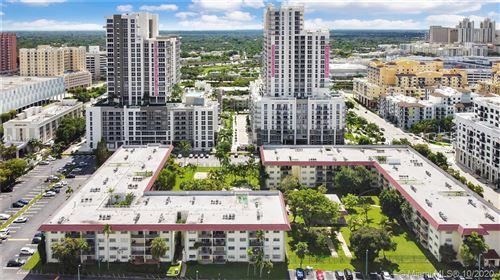 Foto de inmueble con direccion 8107 SW 72nd Ave #419E Miami FL 33143 con MLS A10943495