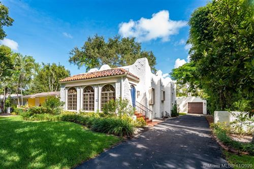 Photo of 529 Navarre Ave, Coral Gables, FL 33134 (MLS # A10960495)