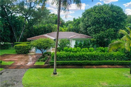 Photo of 435 Castania Ave, Coral Gables, FL 33146 (MLS # A11084495)