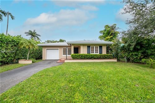 Photo of 1417 Cantoria Ave, Coral Gables, FL 33146 (MLS # A10965496)
