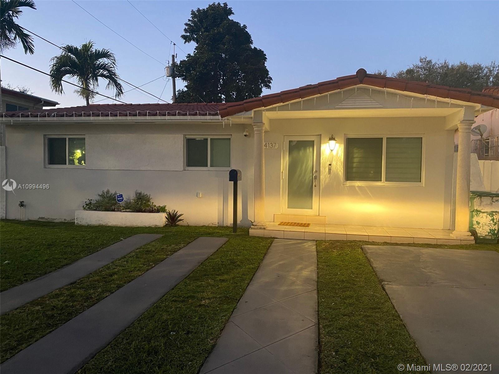 4137 SW 14th St, Miami, FL 33134 - #: A10994496
