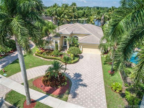 Photo of 2581 Jardin Dr, Weston, FL 33327 (MLS # A10865497)