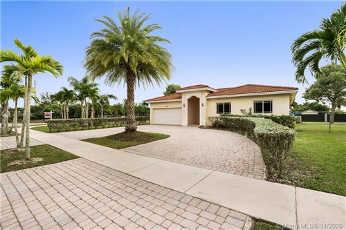 Photo of 20400 SW 316th St, Homestead, FL 33030 (MLS # A10962497)
