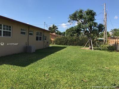 165 NE 192nd St, Miami, FL 33179 - #: A11070497