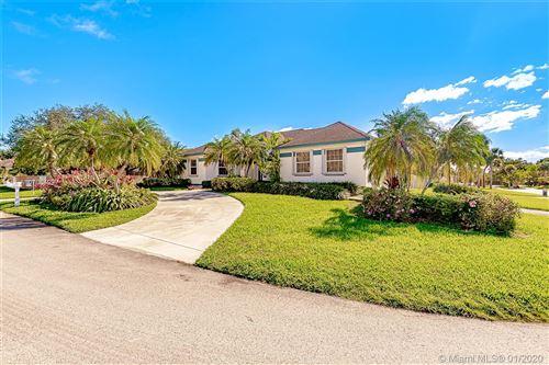 Photo of 8750 SW 166th St, Palmetto Bay, FL 33157 (MLS # A10708499)