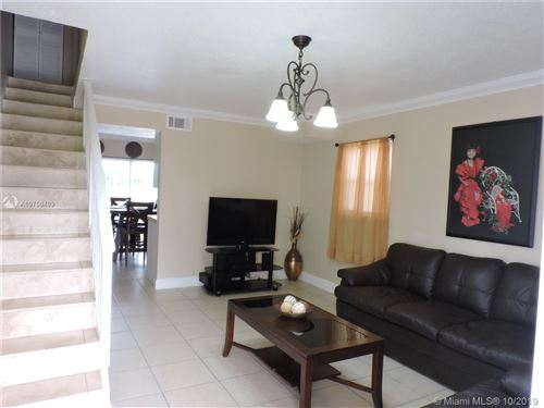 Foto de inmueble con direccion 10815 SW 4th St #12 Sweetwater FL 33174 con MLS A10756499