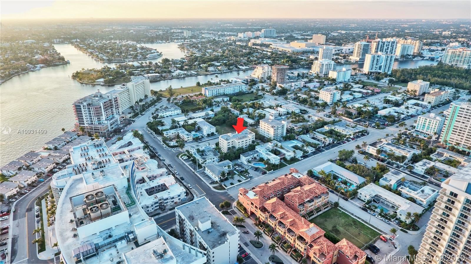 Photo of 520 Orton Ave #204, Fort Lauderdale, FL 33304 (MLS # A10931499)
