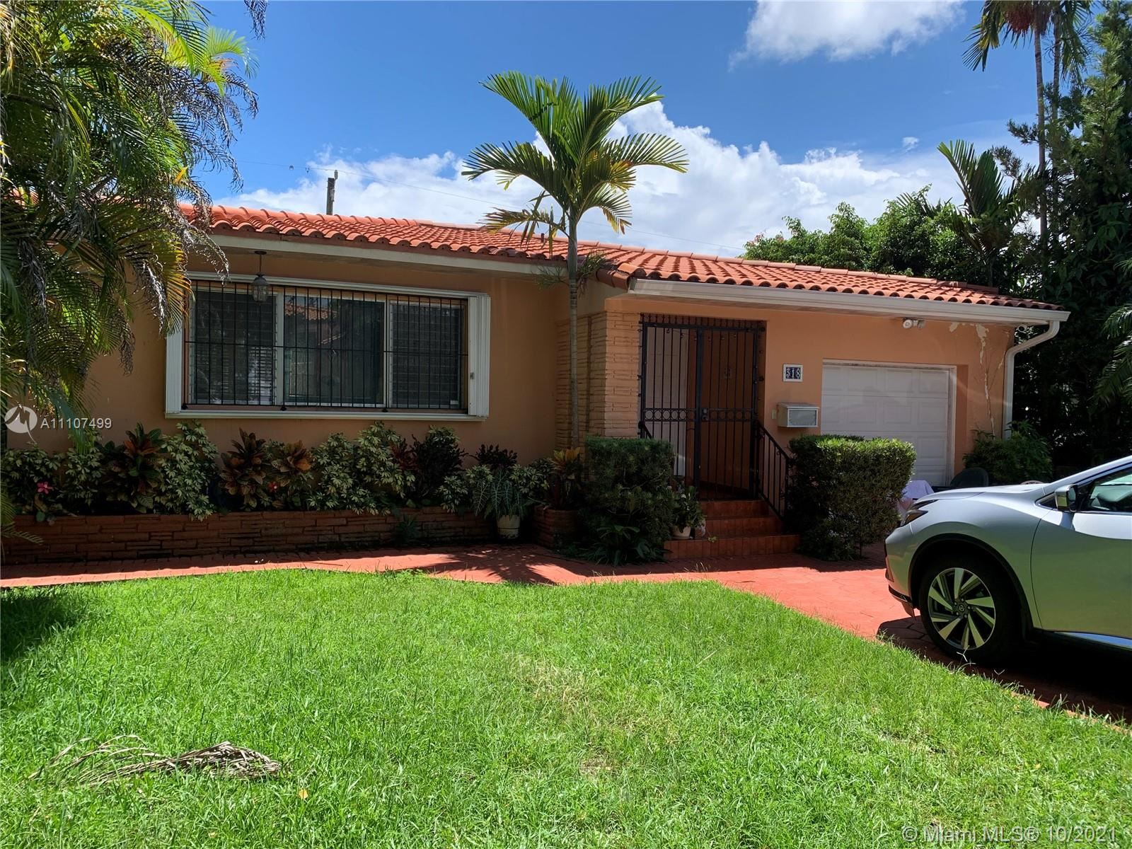Photo of 318 Camilo Ave, Coral Gables, FL 33134 (MLS # A11107499)