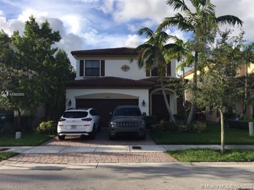Photo of 10037 NW 88th Ter, Doral, FL 33178 (MLS # A10905500)