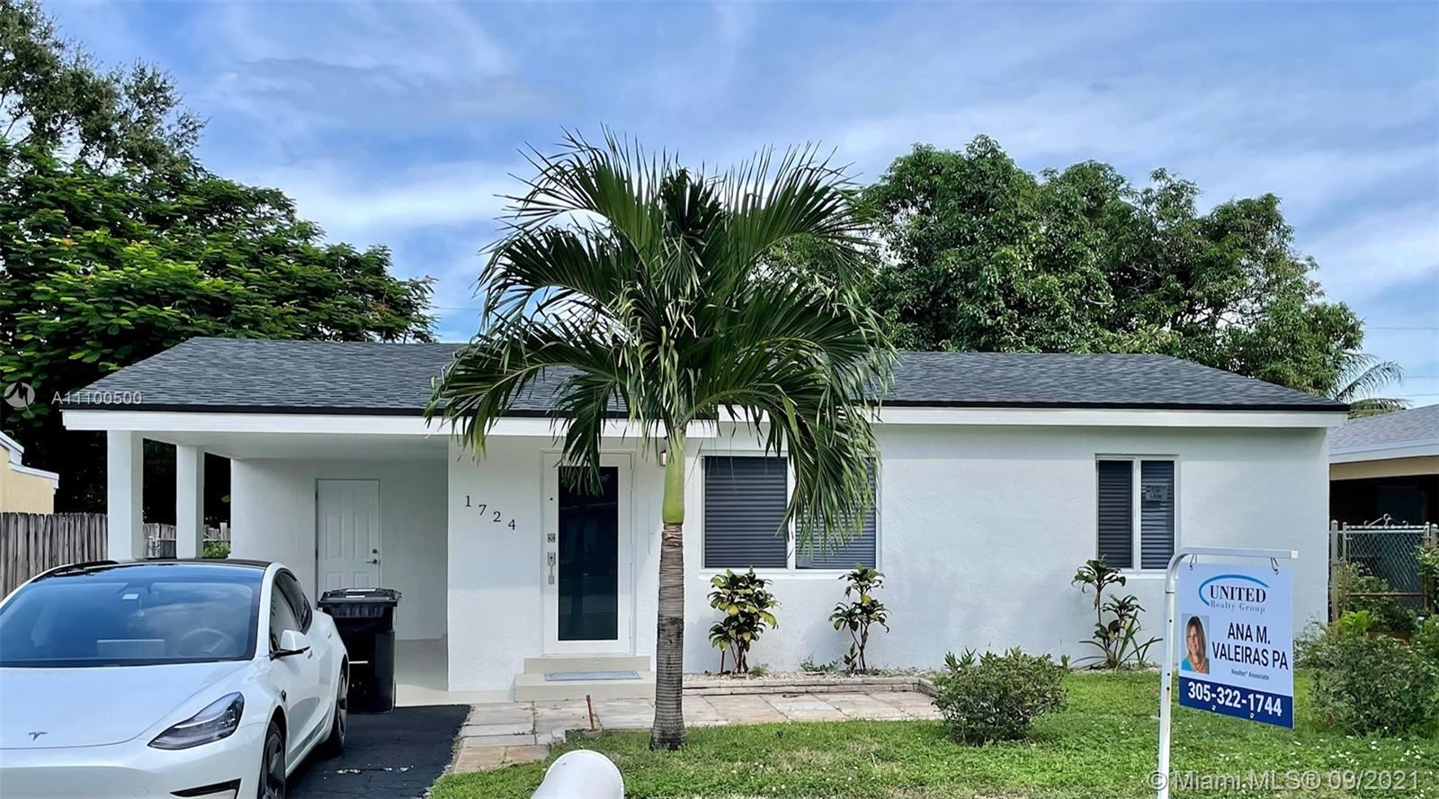 Photo of 1724 NW 7th Ave, Fort Lauderdale, FL 33311 (MLS # A11100500)