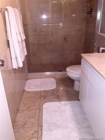 Foto 13 del inmueble MLS a10416501 en 5151 Collins Ave #624 Miami Beach FL 33140
