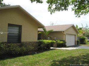 Photo of 1500 NW 92nd Ave, Plantation, FL 33322 (MLS # A10503502)