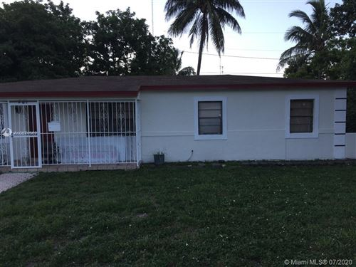 Photo of 581 NW 194th St, Miami Gardens, FL 33169 (MLS # A10871502)
