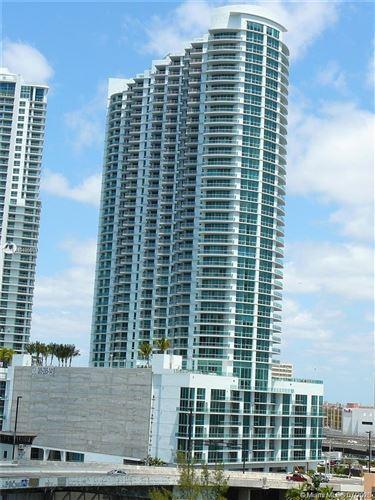 Photo of Listing MLS a10886503 in 350 S Miami Ave #3301 Miami FL 33130