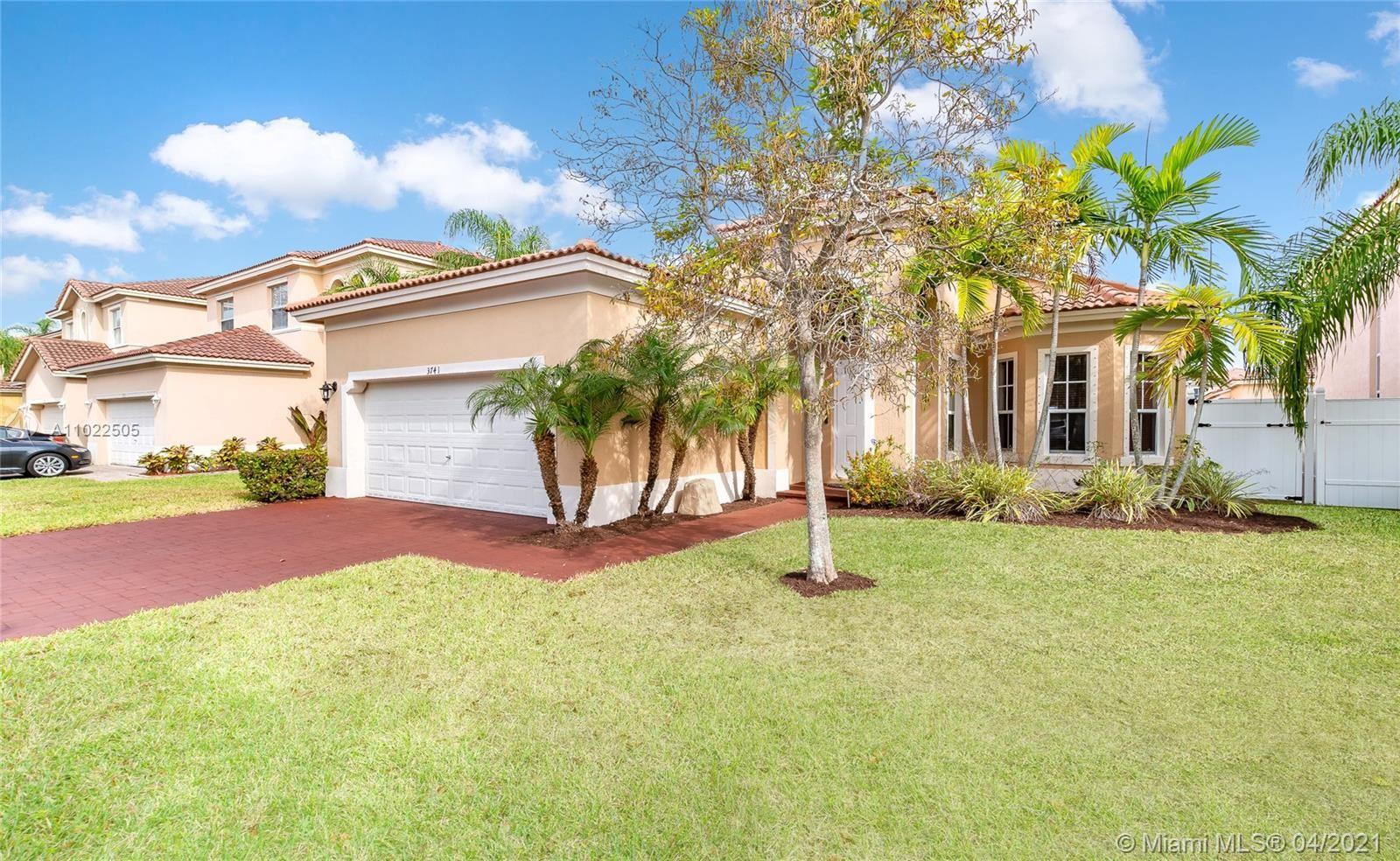 3741 NE 15th St, Homestead, FL 33033 - #: A11022505