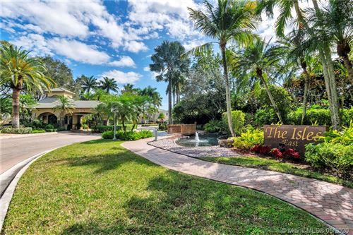 Foto de inmueble con direccion 11961 NW 11th Ct Coral Springs FL 33071 con MLS A10815507