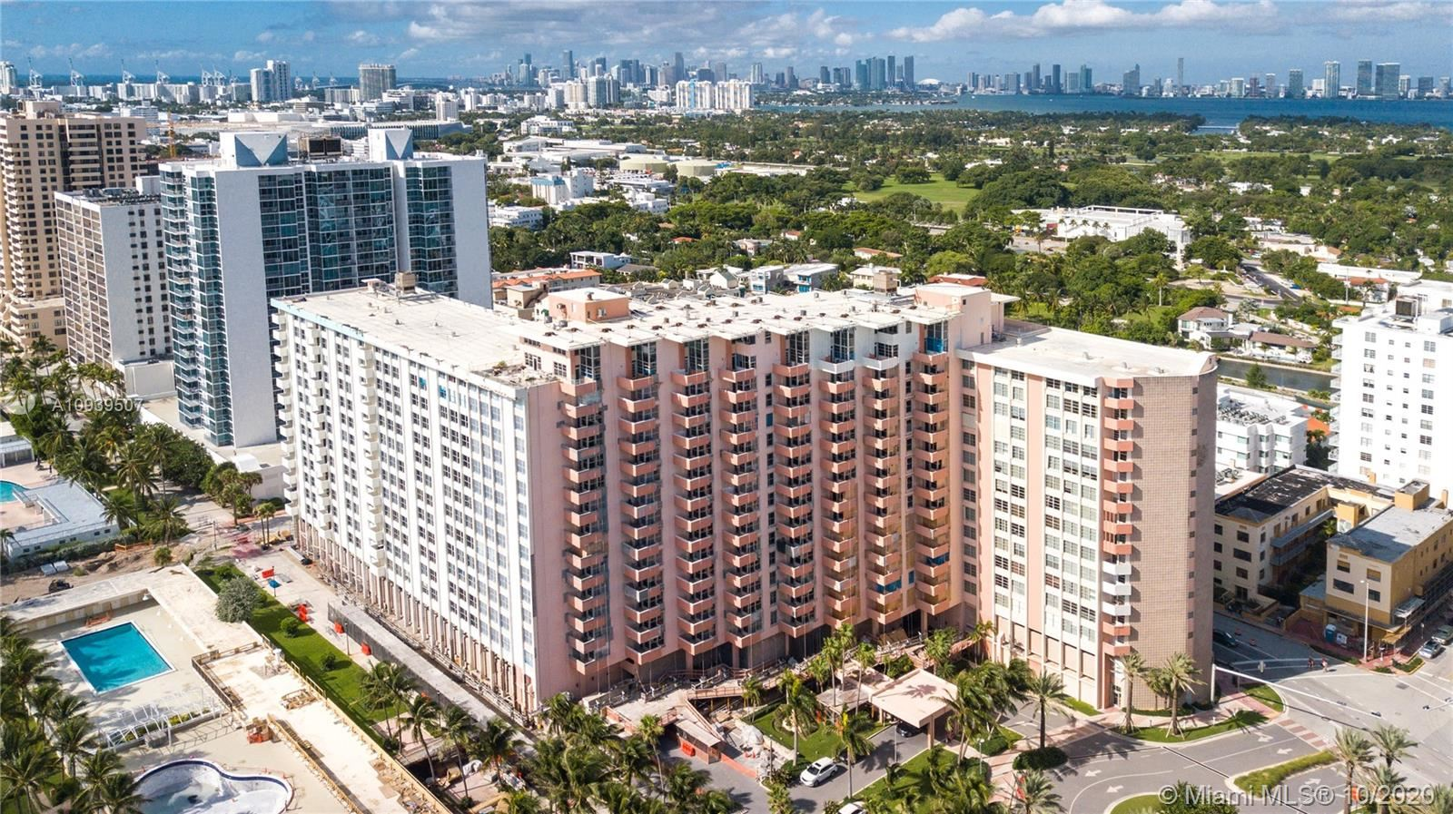 2899 Collins Ave #1404, Miami Beach, FL 33140 - #: A10939507