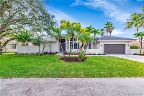 Photo of Listing MLS a10894508 in 485 Alexandra Cir Weston FL 33326