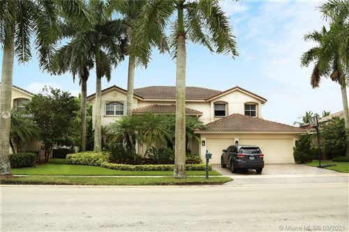 Photo of 1642 Victoria Pointe Cir, Weston, FL 33327 (MLS # A11008508)