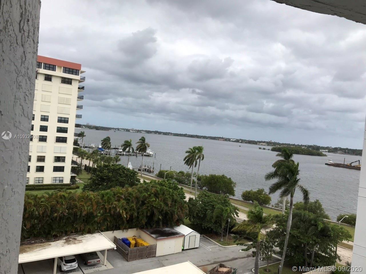 3901 S Flagler Dr #704, West Palm Beach, FL 33405 - #: A10932508