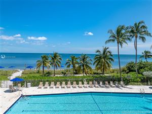 Photo of 600 Grapetree Dr #3DS, Key Biscayne, FL 33149 (MLS # A10741509)