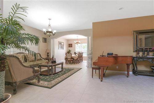 Photo of Listing MLS a10857509 in 1199 Bay View Way Wellington FL 33414